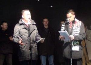 """Gabor Vona przemawiający na """"marszu niepodległości"""". Rok 2013."""